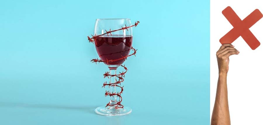 ۴. شراب بنوشید.-مراقبت های بعد از بوتاکس